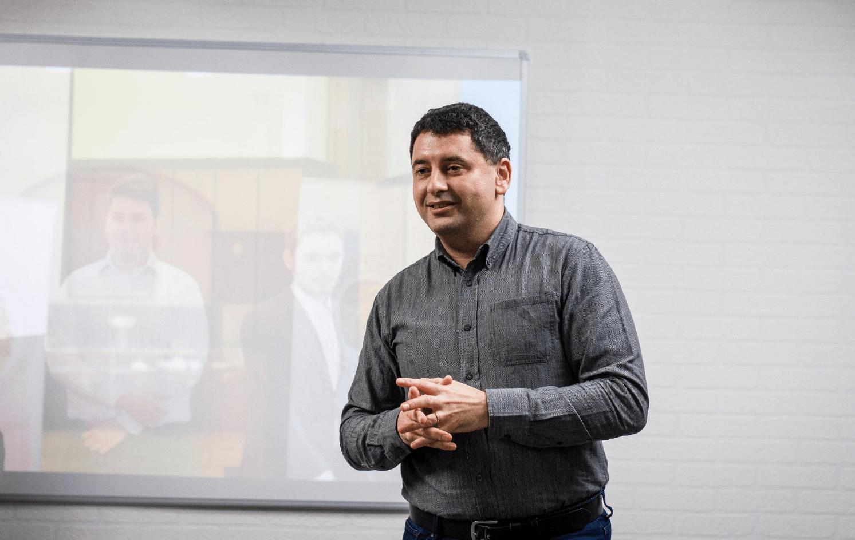 Juraj Atlas presenting